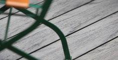 Holz Kunststoff Composite boden sieht aus wie echtes Holz und ist als ein revolutionäres Produkt für Bodenbeläge betrachtet.…
