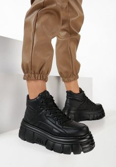 Sneakers cu platforma Corenia Negri All Black Sneakers, Combat Boots, Army, Shoes, Fashion, Moda, Military, Shoes Outlet, Fashion Styles