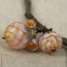 Купить Мамин сад. Садовый лотос - цветы, сад, бледно-розовый, пионы, бутоны, весна