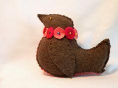 Robin Pincushion Wool Bird Pincushion Whimsical by Handofbelapeck, $17.50
