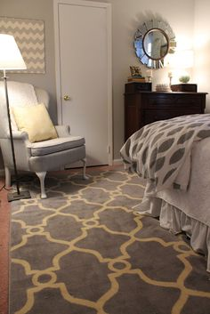Gray + Yellow I need this rug in my life!