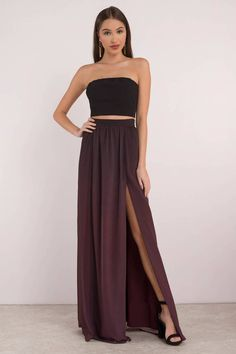 Embrace the night with our Adalynn Ombre Maxi Skirt. Featuring ombre fabrication with a high side slit detail. Pair with Adalynn Ombre Crop Top to com Maternity Maxi Skirts, Maxi Skirt Outfits, Prom Outfits, Boho Outfits, Stylish Outfits, Plum Prom Dresses, Strapless Dress Formal, Formal Dresses, Slit Skirt