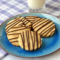 RECIPE #9 in our 30 DAYS OF COOKIE RECIPES is Hazelnut Chocolate Shortbread Cookies - buttery shortbread with toasted hazelnut chunks baked right in, with a light drizzle of chocolate to finish.