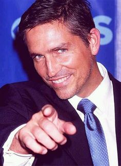 Jim Caviezel wants the little Lebanese lady in the front row! Moi??