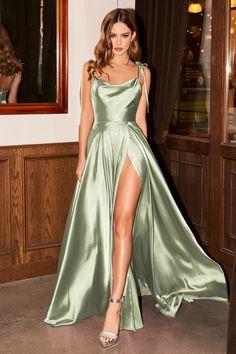 Stunning Prom Dresses, Pretty Prom Dresses, Hoco Dresses, Dance Dresses, Satin Dresses, Ball Dresses, Homecoming Dresses, Beautiful Dresses, Cute Dresses