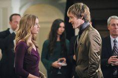 "Nolan Talks to Emily in Revenge Season 2, Episode 16, ""Illumination"""