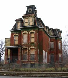 Abandoned in Detroit, MI. Detroit has some of the most amazing old homes! Abandoned Buildings, Abandoned Detroit, Abandoned Property, Old Abandoned Houses, Abandoned Castles, Old Buildings, Abandoned Places, Old Houses, Abandoned Library