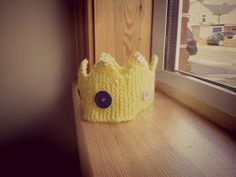 Little Knittle: Simple Knitted Crown