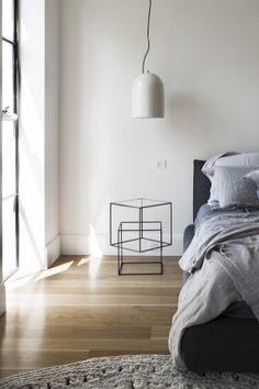 modern bedroom, natural linen bedding
