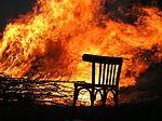 Feuer, Flammen, Brennen, Stuhl