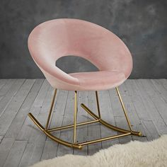 ACCENT CHAIR A gorgeous accent chair perfect for the bedroom a corner in the hallway or in your living room Velvet Vintage Pink fabric with a Laura Rose, Vintage Velvet, Vintage Pink, Chesterfield, Pottery Barn, Bedroom Chair, Chairs For Bedrooms, Pink Bedroom Decor, Bedroom Seating