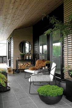 Balkon 63 incredible backyard landscaping shed design and decor ideas 50 – Balkon ideen Outdoor Decor, Shed Design, Garden Design, House With Porch, Outdoor Space, Outdoor Rooms, Terrace Design, Outdoor Lounge, Balcony Design