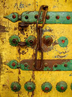 Re-pinned. Symmetrical placement of industrial objects on organic texture.