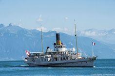 Le bateau à aubes, le Suisse Swiss Chalet, Swiss Alps, Lausanne, Chateau Medieval, Swiss Travel, Destinations, Dating Simulator, Paddle Boat, Steamboats