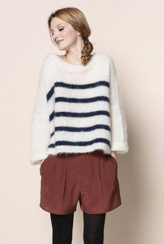 69 Best Des Petits Hauts images   Ladies fashion, Winter style ... b6f6a58a82b