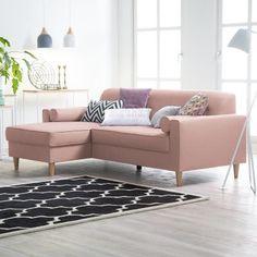Dieses hübsche Ecksofa besticht durch seine schöne Farbgebung und sorgt für frischen Schwung in Deinem Wohnzimmer.