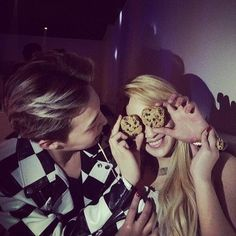 "GDragon & CL at 2NE1's ""AON Afterparty"" (140303)"