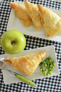 PUFF PASTRY APPLE TURNOVERS-flaky, light and so delicious. Easy to make-stonegableblog.com