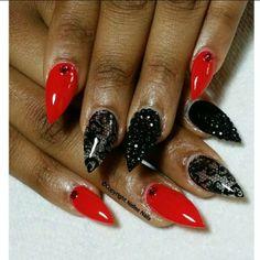 Stiletto nail art☻ ❤️Pinterest: Jayde S.