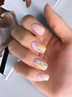 Semi-permanent varnish, false nails, patches: which manicure to choose? - My Nails Nail Art Cute, Cute Nails, Neon Nail Art, Abstract Nail Art, Nail Polish, Nail Manicure, Gel Nail, Shellac, Yellow Nails