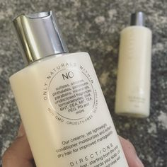 Our Cleanser + Conditioner Set is free of questionable ingredients like SLS and MIT. Not sure what those are? No worries, we've got you...check out our Ingredient Library to find out! | ELEVYNN.COM