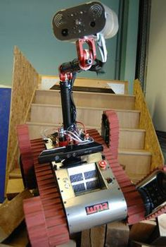 Quake rescue robot rocks Kinect to find victims - CNET