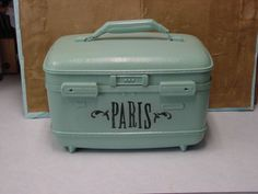 painted suitcase...Love old suitcases! 4 and counting!