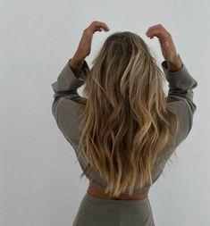 Blonde Hair Looks, Brown Blonde Hair, Blonde Honey, Hair Day, New Hair, Hair Inspo, Hair Inspiration, Aesthetic Hair, Grunge Hair