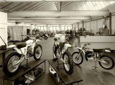 KTM factory- Racing Department1976 Ktm Factory, Mx Bikes, Bike Trailer, Vintage Motocross, Dirtbikes, Cars And Motorcycles, Antique Cars, Pilot, Racing