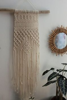 Macrame on Driftwood wall hanging, perfect for hanging in a bedroom, living room... it will bring a Bohemian touch to your home it can also be used as decor for your event (baptism, wedding, birthday...) to offer where to keep for be. Each piece is unique and requires several hours of Driftwood Macrame, Driftwood Crafts, Macrame Art, Macrame Projects, Macrame Knots, Macrame Bracelets, Hobbies And Crafts, Diy And Crafts, Arts And Crafts