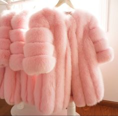 Find images and videos about love, pink and girly on We Heart It - the app to get lost in what you love. Fur Fashion, Pink Fashion, Pink Love, Pretty In Pink, Girly, Pin Up, Everything Pink, Gyaru, Mode Outfits