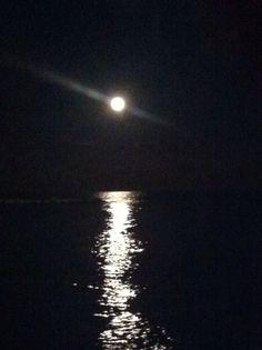 Correre illuminato dalla luna a bari