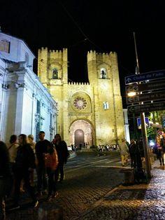 Die Kirche S'e bei Nacht!
