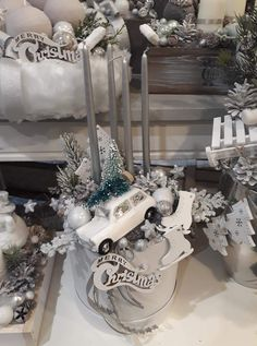 Handmade Christmas Decorations, Christmas Centerpieces, Christmas Diy, Christmas Wreaths, Xmas, Flower Boutique, Jar Gifts, Advent, Rustic