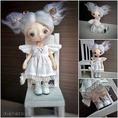 На ЯМе по ссылке в профиле есть фотки побольше. О желании купить моих кукляшек……