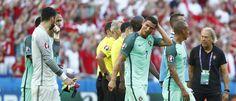 Com show de Cristiano Ronaldo, Portugal arranca empate e avança