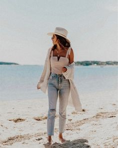 I was not expecting to love ptown so much (what the cool kids call it apparently 😉) but who am I kidding, as long as there's a beach I'm a… Dinner Outfits Women, Date Outfits, Edgy Outfits, Pretty Outfits, Spring Outfits, Woman Outfits, Pretty Clothes, Beach Date Outfit, Casual Beach Outfit