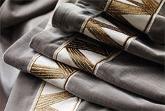 Zoffany Trimmings - Zig-Zag braid. Zig Zag Braid takes its influence from Kanoko to create a contemporary meandering zig zag, a fabulous finish to a curtain edge.