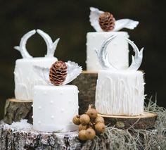 Featured Wedding Cake: Cakes by Krishanthi | Featured Photography: Weddings by Nicola & Glen