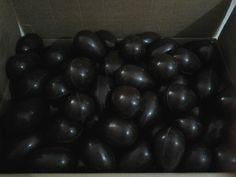 Uova di cioccolato fondente extra 66% al nero d'Avola!