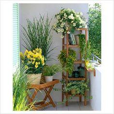 Wie Sie Ihren Balkon für den Frühling fit machen