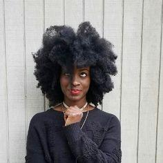 See this Instagram photo by @ab.k_ • Afro hair. Kinky hair. Natural hair. 4b hair. 4c hair. Stretched hair. Big hair. Pretty hair. Thick natural hair. Stretched 4c hair.