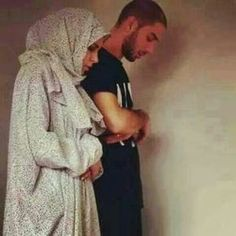 couple, islam, and muslim image praying Cute Muslim Couples, Muslim Girls, Muslim Women, Cute Couples, Sweet Couples, Family Goals, Couple Goals, Vieux Couples, Muslim Couple Photography