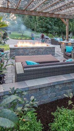 Small Backyard Design, Small Backyard Patio, Backyard Patio Designs, Backyard Landscaping, Backyard Ideas, Wooded Backyard Landscape, Patio Ideas, Garden Fire Pit, Fire Pit Backyard