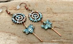 Steampunk Gears Earrings Fun Gears and Bees Hand by KoloNaia