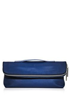 Phillip Lim really does nice bags. He makes restraint seem so easy!
