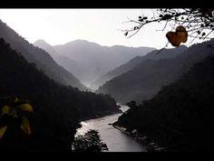 River Rafting trip to Rishikesh - The Gateways to Himalayas ! Yoga Sequences, Yoga Poses, Rishikesh Yoga, Rishikesh India, Deva Premal, Spirituality Books, Relaxing Music, Yoga Videos, Best Yoga