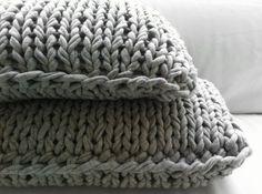 Tricot cushion #mikmax