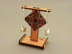 silver_crane_earrings_m