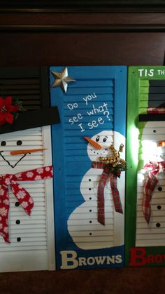 Learn how to create easy and cheap Christmas decorations with these awesome Snowman shutters You can buy most of the supplies at your local dollar store and within no time you& have gorgeous and inexpensive DIY holiday decorations! Diy Christmas Yard Decorations, Easy Christmas Ornaments, Cheap Christmas, Christmas Snowman, Simple Christmas, Christmas Gifts, Xmas, Christmas Ideas, Christmas Porch